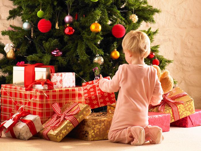 Собираю детский новогодний подарок